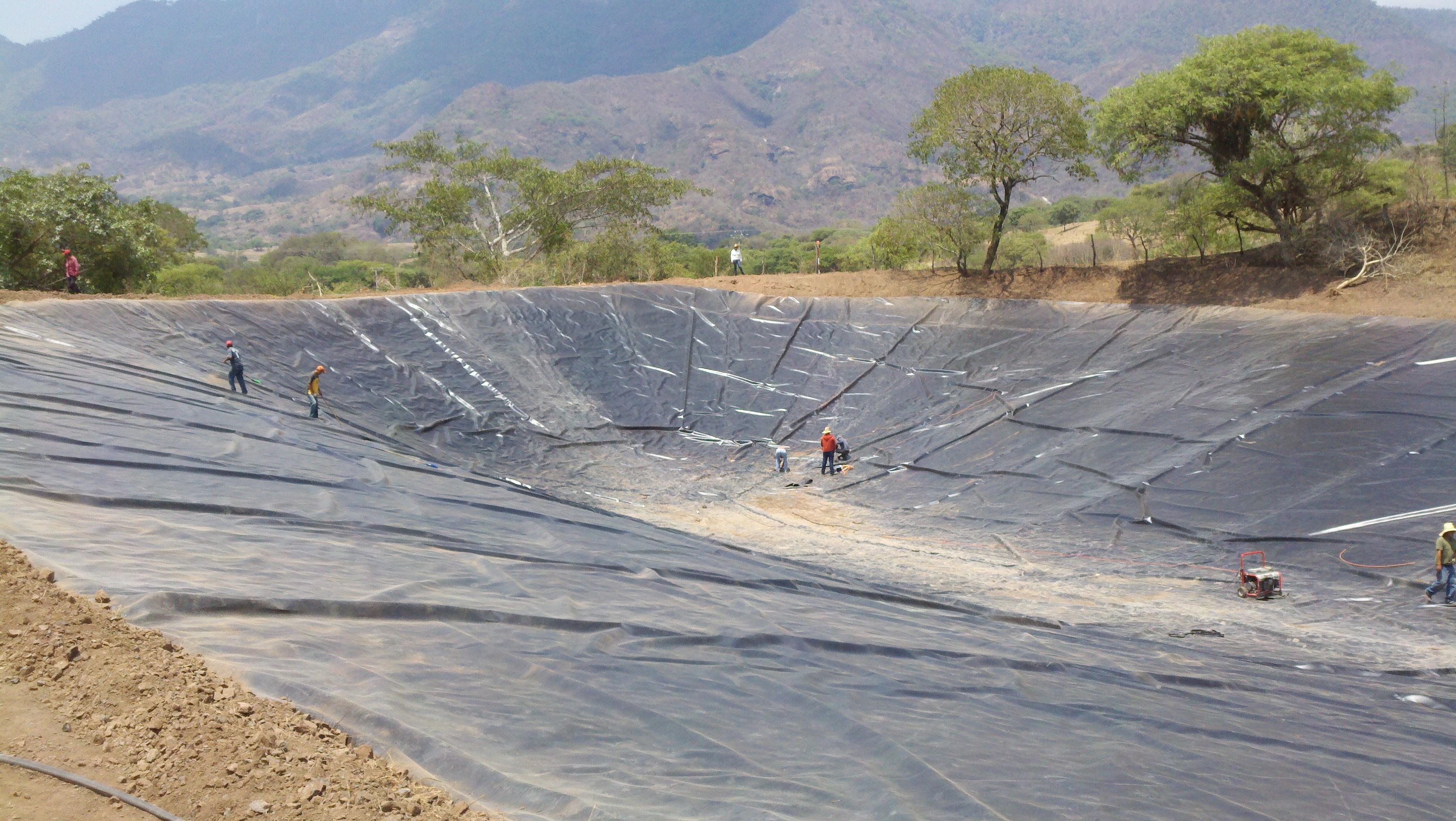 Ollas de agua jag eyes aljibes geosinteticos arpimix for Impermeabilizante para estanques de agua